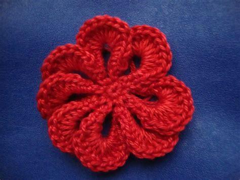 schema fiore all uncinetto le fragole di stoffa fiore all uncinetto con spiegazione