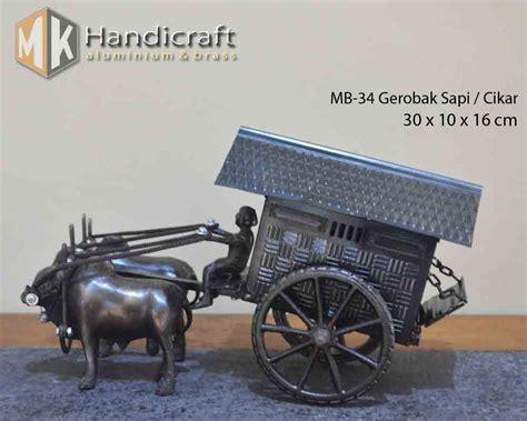 miniatur cikar gerobak sapi jual miniatur gerobak sapi atau cikar dari logam mk