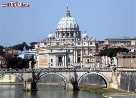 cupola san pietro roma la basilica di san pietro roma con la sua cupola