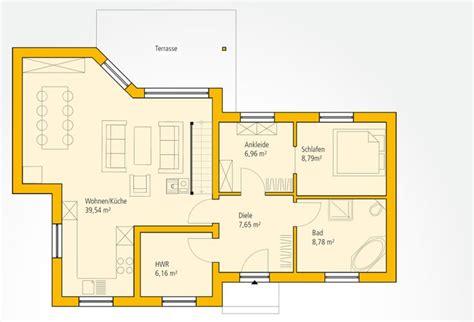 Quadratisches Glas Esszimmertisch by Satteldach L Form Die Neuesten Innenarchitekturideen