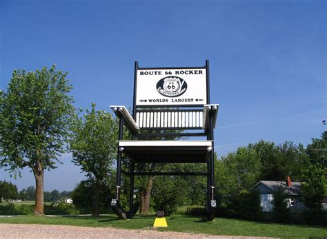 Worlds Largest Rocking Chair by File World S Largest Rocking Chair Jpg