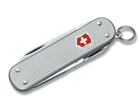 swiss army pocket knives victorinox swiss army classic sd folding pocket knife 5 function ss