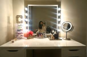 Lighted Vanity Mirror Table Top Diy Makeup Vanity Made2style