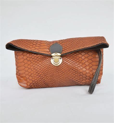 Dompet Wanita Motif Kelinci 3 gudang tas dompet clutch wanita terbaru kulit sintetis motif ular viyar crocus