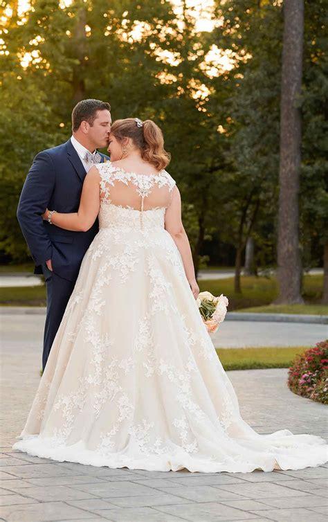 size   wedding dress stella york wedding gowns