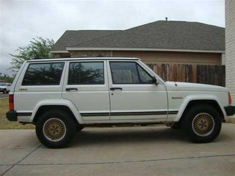 1989 Jeep Laredo 4x4 Find Used 1989 Jeep Limited 4x4 4 0 Litre In Line