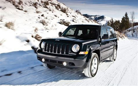 jeep patriot 2017 high altitude comparison jeep patriot high altitude edition 2017 vs