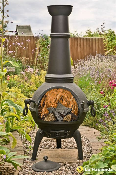Patio Chiminea La Hacienda Black Lisbon 125cm Cast Iron Chiminea Chimenea