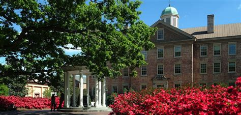 Of Chapel Hill Linkedin Mba by Of Carolina At Chapel Hill Earns S