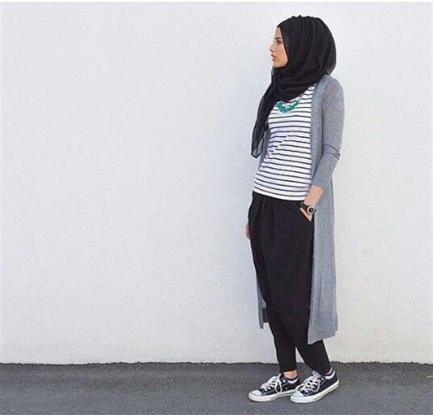 997isl Celana Jogger Panjang Casual Fashion Wanita Perempuan Cewek 5 gaya trendy untuk siasati baju pendekmu