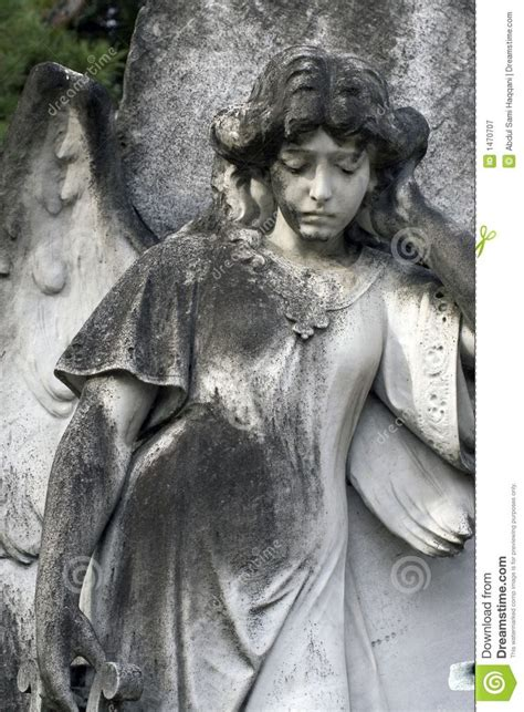 angel headstone closeup 2 4764 1470707 jpg 957 215 1 300