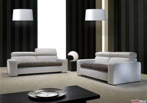 divani bianchi moderni divano moderno bianco squadrato in vera pelle