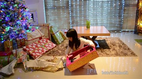 christmas presents that start with r morning 2015 opening presents thechildhoodlife