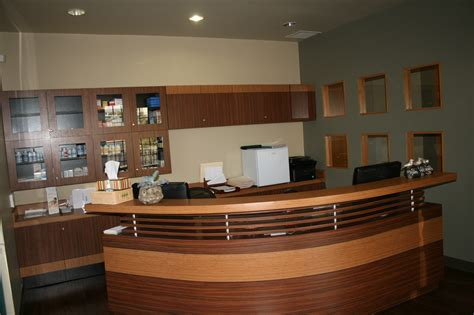 Medical Office Front Desk Rules And Etiquette Office Front Desk