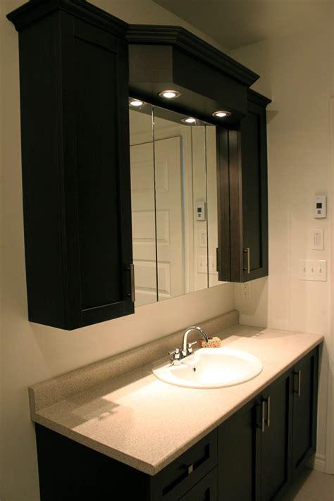 miroir salle debain designer condo lighthouse condos les armoires inc