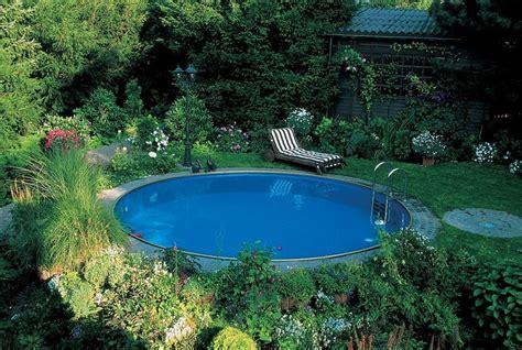 Runder Pool Im Garten 2414 by Swimmingpool Im Eigenen Garten So Gelingt Der Traum Pool