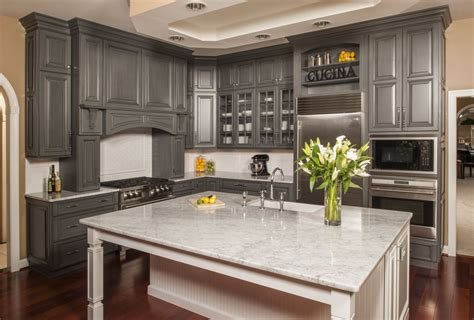 Kitchen Photos With Island Holiday Kitchen Cabinets In Morton Illinois