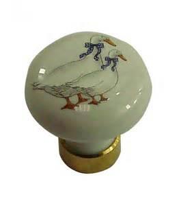 bouton de meuble d 35mm en porcelaine blanc d 233 cors oies
