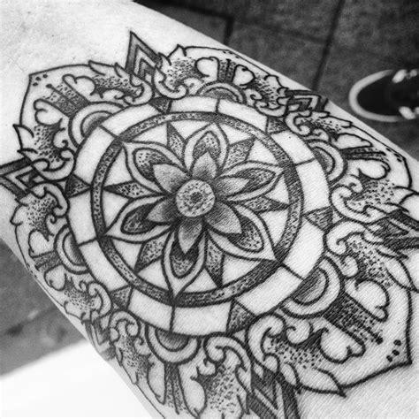 mandala tattoo kaufen mandala tattoo kaufen my new ink black and grey mandala
