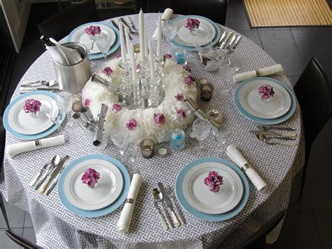 dinner table setting new year s eve dinner party table setting courtney out loud