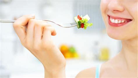 consigli per una corretta alimentazione alimentazione corretta e sana cibi consigliati e cibi da