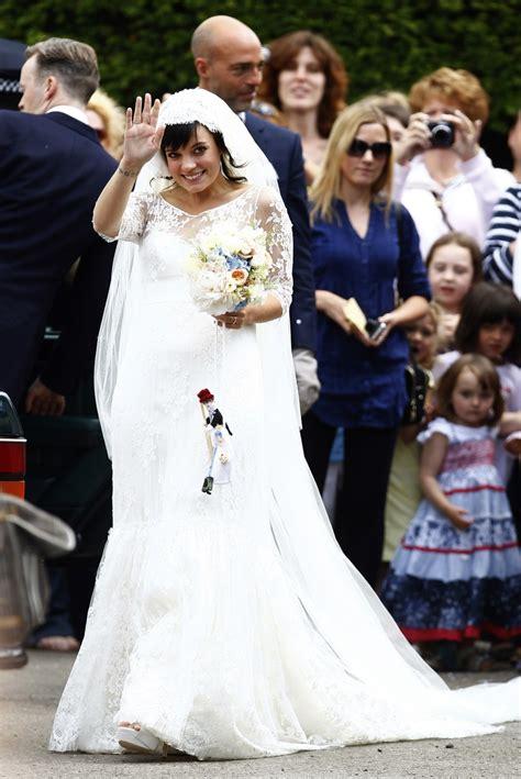 lily allen wedding lily allen finds 200k chanel wedding dress after