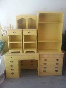 Ethan Allen White Bedroom Furniture by 1970s Ethan Allen Yellow Bedroom Set Search