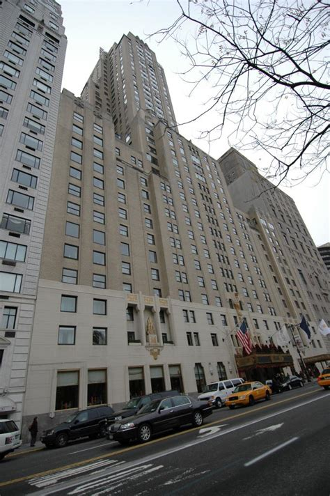 jw marriot essex house hotel investments in nyc saw sharp fall in 2012