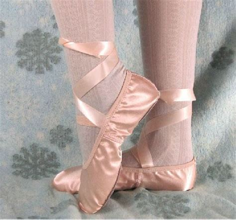 free shipping pink satin ballet shoes ballet slipper