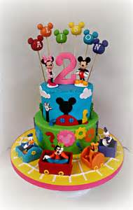 mickey mouse kuchen 25 best ideas about mickey mouse clubhouse cake on