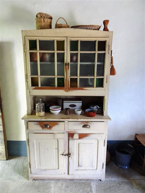 fashioned kitchen cabinets fashioned kitchen cabinets shelves fashioned