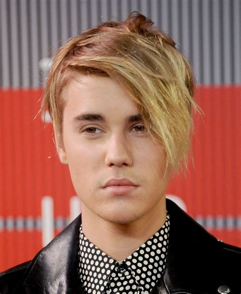 Justin Bieber Hairstyle 2015 by Justin Bieber Hairstyles Makeover Hairstyles