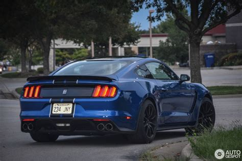 Ford Mustang Shelby 350 by Ford Mustang Shelby Gt 350 2017 7 October 2016 Autogespot