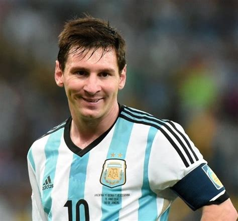 biography de messi lionel messi height weight age wife affairs biography