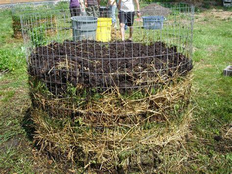 Composting Work   davidlivesinsoil
