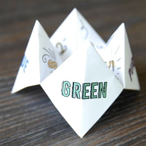 Fortune Teller Paper Craft - paper fortune teller crafts to try