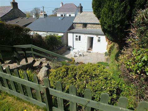 White Cottage St by White Cottage Goat Newport Pembrokeshire 195