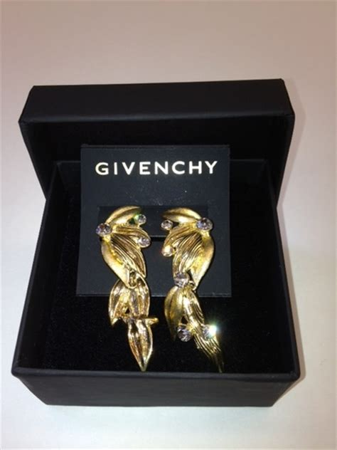 Givenchy Antigona Gold Metal Plate Set 3 In 1 2102 Aprikot charitybuzz givenchy jewelry set with swarovski crystals