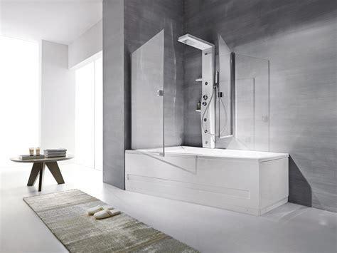 in doccia la doccia nella vasca aggiungendo un pannello cose di casa