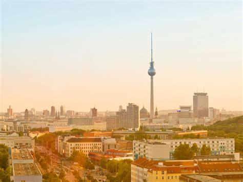 berlin city file berlin city skyline philipp ostau jpg wikimedia