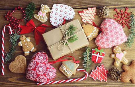 charitable christmas crafts 10 ideas to help you fundraise at your school fair