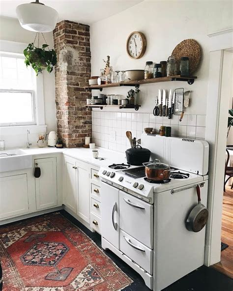 Cottage Style Kitchen Ideas 23 Best Cottage Kitchen Decorating Ideas And Designs For 2018