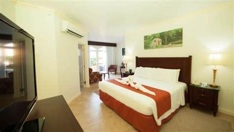 Cove Rooms by Paradise Cove Resort In Montego Bay For 135