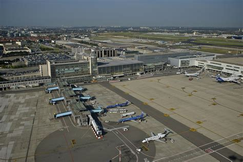 brussels airport breaking bomb threat against sas flights sk4745 from olso