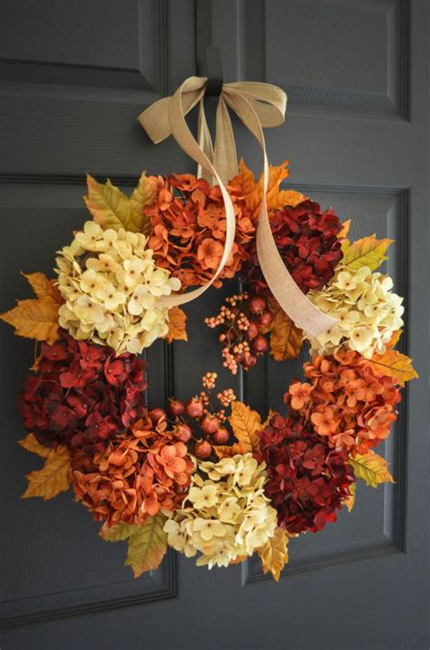 fall wreaths 31 cute and simple fall door d 233 cor ideas shelterness
