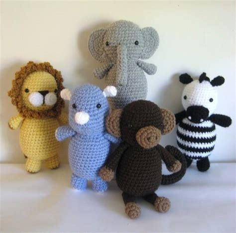 animal pattern name amigurumi safari animals pattern set by amy gaines craftsy