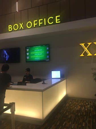 cineplex kuta beachwalk xxi cineplex bali kuta indonesia review