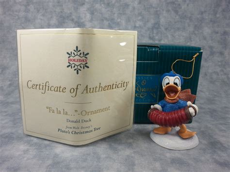fa la la christmas figurines donald duck ornament fa la la disney figurine wdcc 11k 41300 0 2000 box coa