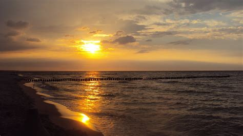 Sunset At Baltic Sea 4k Ultra Hd Wallpaper And Background Baltic Sea Wallpapers Hd Wallpapers Id 13262