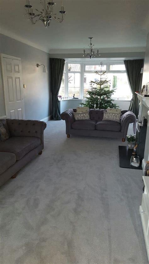 lounge  dulux goosedown walls grey carpet